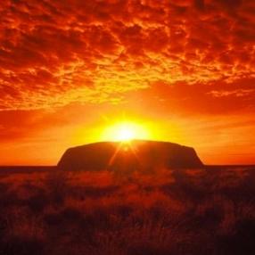 WEB-Uluru-sunrise