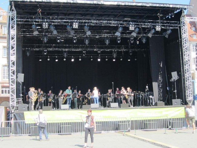 Sound check at Place Kléber, main square of Strasbourg - Premiere of 'First Light at Uluru' for saxophone orchestra.