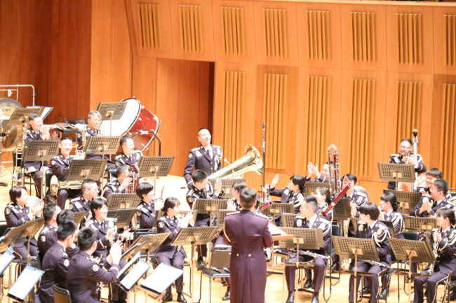 Tuba soloist, Mr Yoshihiro Morizono, taking a bow for his didgeridoo-like sounds